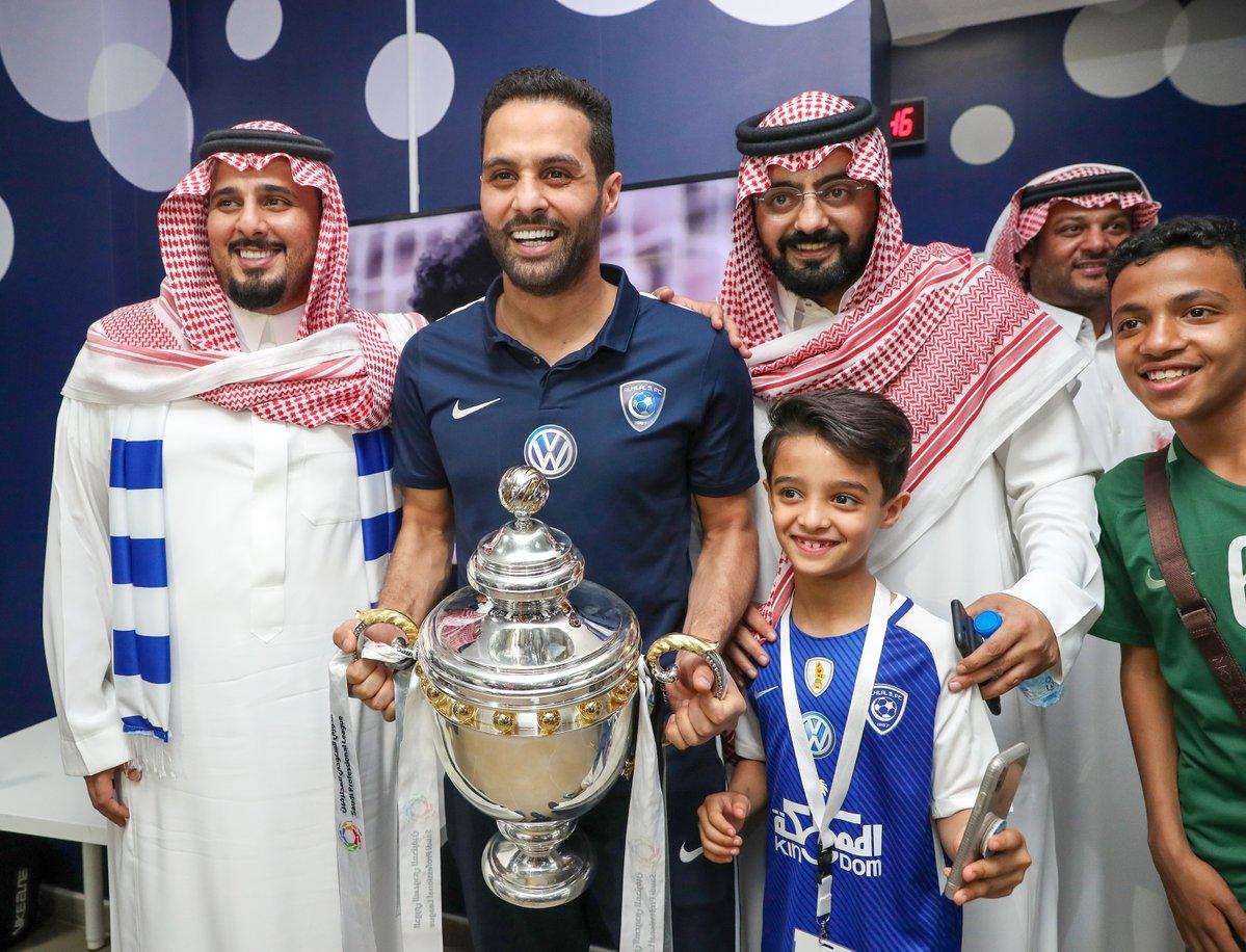 الهلال السعودي يواجه برشلونة في مهرجان اعتزال القحطاني
