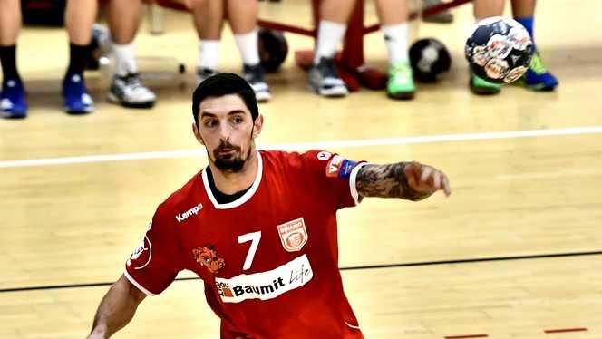 انتحار لاعب صربي