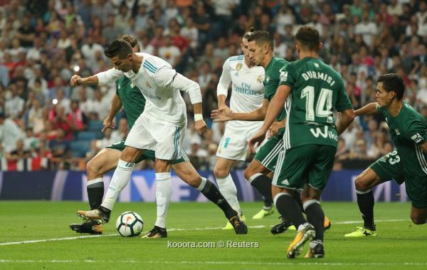 ريال مدريد يسعى للثأر من بيتيس.. وبرشلونة يخشى قوة إيبار