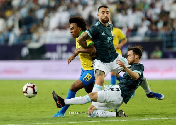 ميسي يثأر من البرازيل ويتوج الأرجنتين بالسوبر كلاسيكو في الرياض ?i=albums%2fmatches%2f1835830%2f2019-11-15t183446z_1232400829_rc2ubd9sn1uz_rtrmadp_3_soccer-friendly-bra-arg-report_reuters
