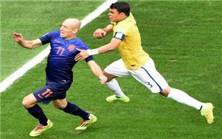 هولندا ب المركز الثالث بالمونديال ?i=ali.18%2f2014%2f7%2f12%2f1405195951_525060_1405196127_noticia_grande