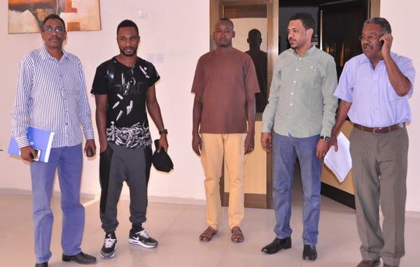 البوركيني بمكاتب الاتحاد السوداني بعد المخالصة