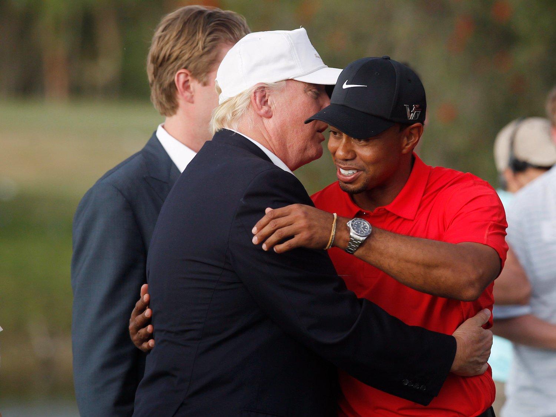 ترامب يلعب الجولف مع تايجر وودز وجونسون ?i=ali.18%2f2017%2f11%2f24%2ftrump+tiger+woods