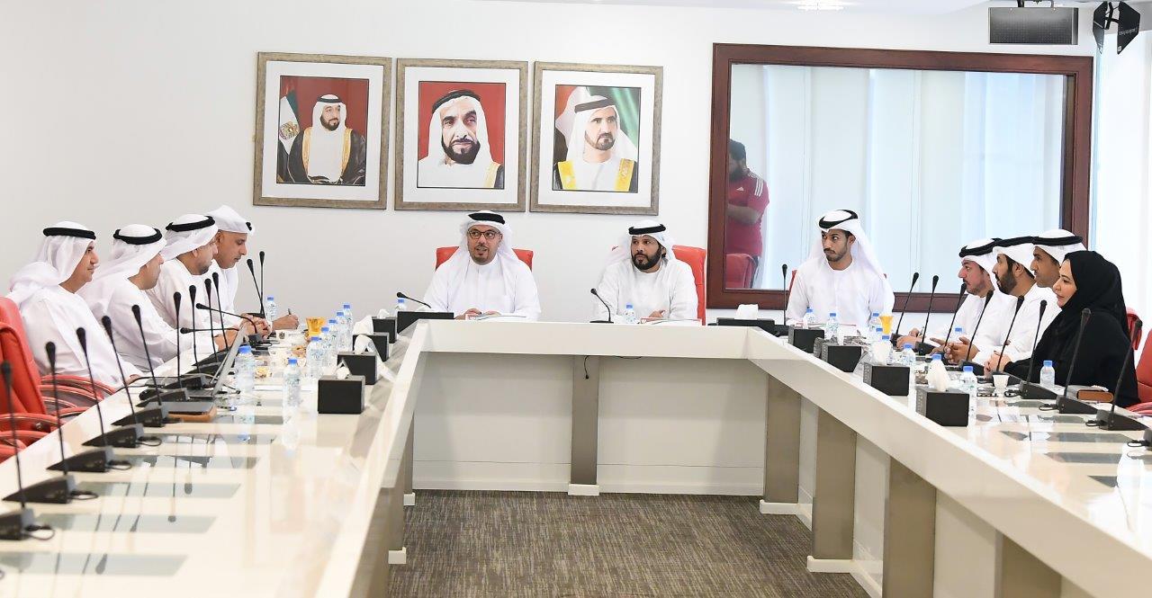 الاتحاد الإماراتي يعتمد توصية أندية المحترفين لسقف الرواتب