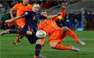 """الطاحونة الهولندية """"تفرم"""" الثور الأسباني ليلة سقوط البطل"""