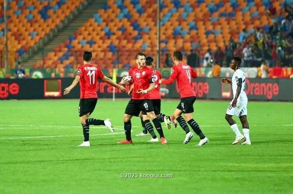 قرار تحكيمي مثير للجدل في مباراة مصر وغانا
