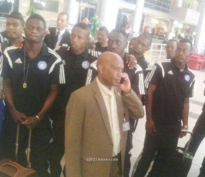 نجوم الهلال لحظة وصولهم مطار القاهرة
