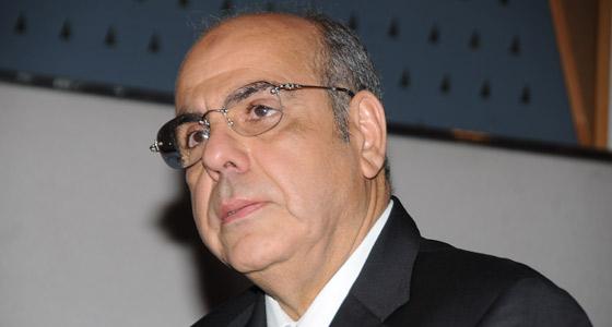 أنباء عن تعيين روراوة مستشارا لرئيس الفيفا