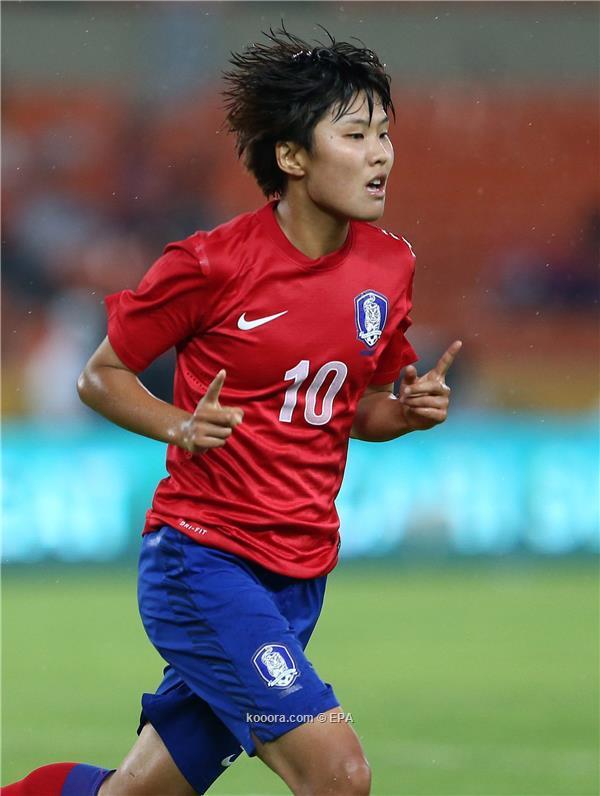 الكورية تأمل بلوغ منتخب بلادها