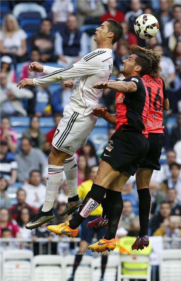 ريال مدريد يهزم الميريا بثلاثية