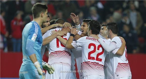اشبيلية يهزم ميرانديس ويضع قدما في نصف نهائي كأس ملك اسبانيا
