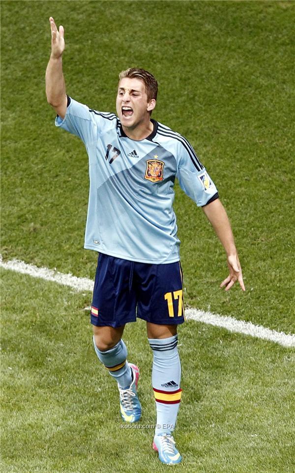 الانتقالات ايفرتون يتعاقد لاعب برشلونة