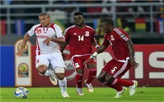 لاعبو تونس يستشيطون غضبا أحداث مباراة غينيا الاستوائية