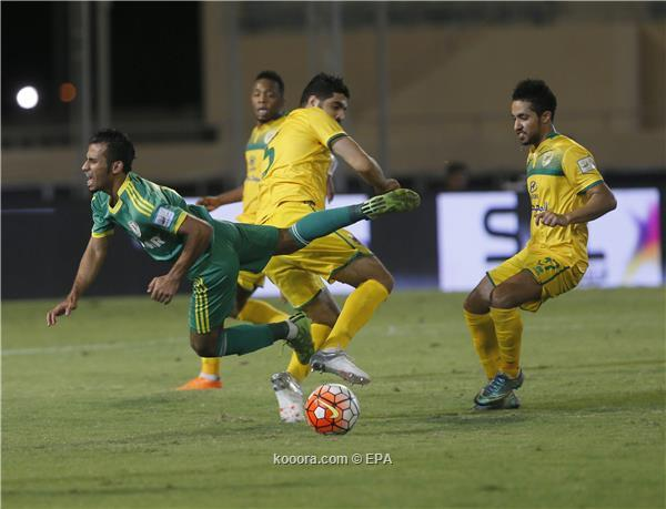 الخليج يسبب حرجا لجماهير النصر ?i=epa/soccer/20