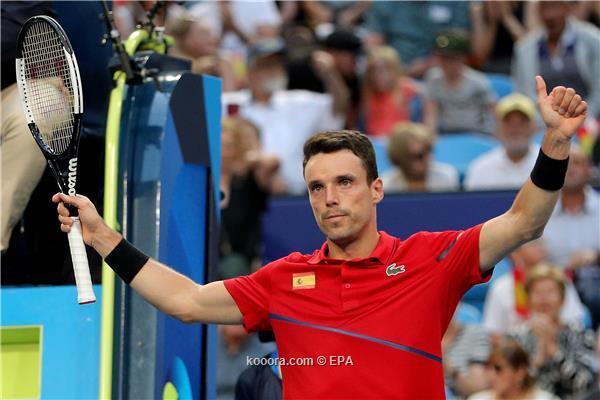 بالصور: باوتيستا يمنح إسبانيا نقطة