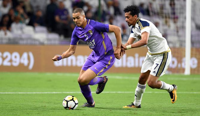 تقرير كووورة: المحترفون يتألقون في جولة الدوري الإماراتي
