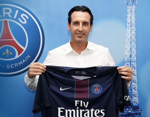 رسميًا.. أوناي ايمري مدربًا لباريس