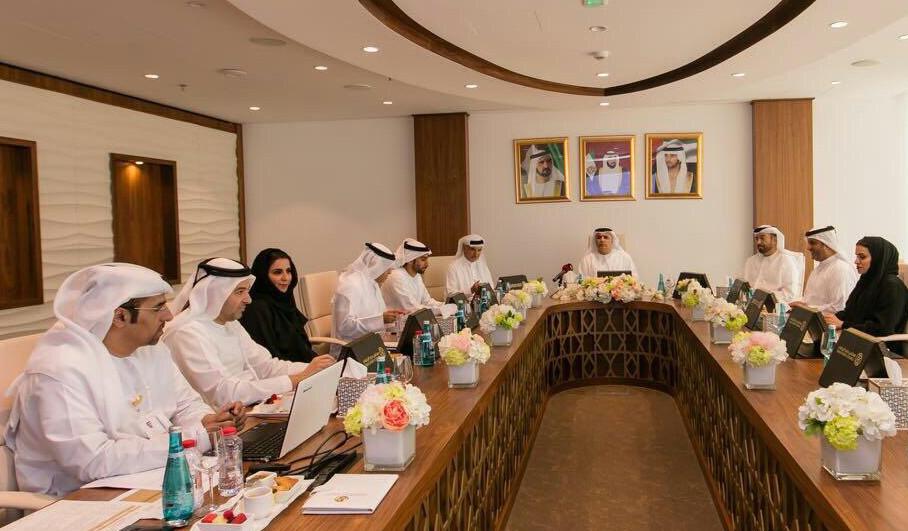 مجلس دبي الرياضي يطالب بتفعيل دور شركات الاستثمار في الأندية