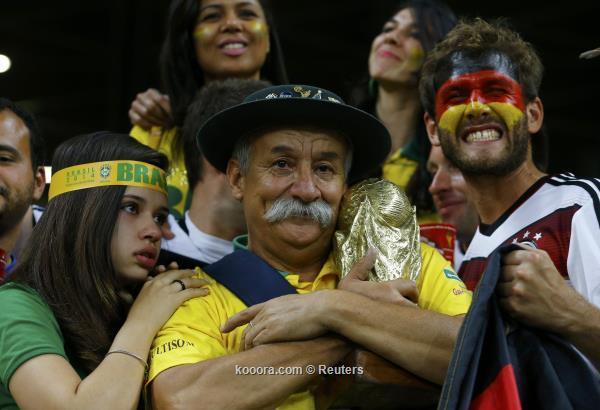 """ثورة - ثورة غضب تجتاح البرازيل بعد """"السبعة"""".. ومخاوف من عودة الاحتجاجات ?i=reuters%2f2014-07-08%2f2014-07-08t221629z_795389309_tb3ea781sijm2_rtrmadp_3_soccer-world-m61-bra-ger_reuters"""