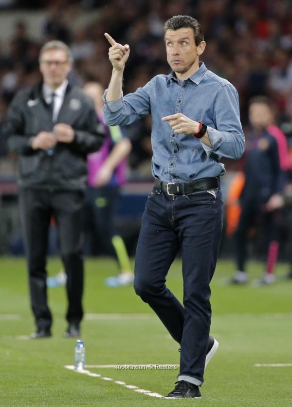 أونزي يحدد موقفه من تدريب برشلونة