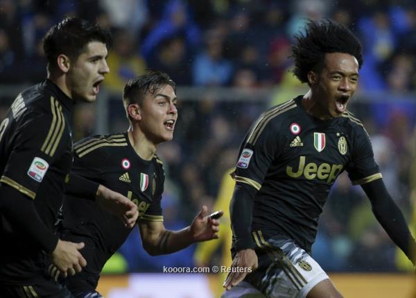 الدوري الايطالي : يوفنتوس يطارد نابولي بعد فوزه علي فروزينوني