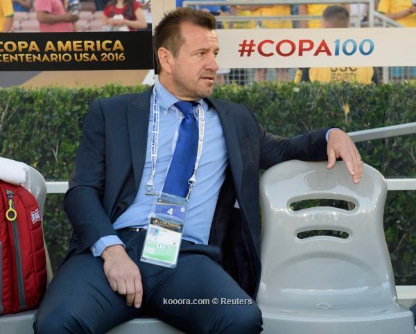 http://img.kooora.com/?i=reuters%2f2016-06-05%2f2016-06-05t051129z_544547953_nocid_rtrmadp_3_soccer-2016-copa-america-centenario-ecuador-at-brazil_reuters.jpg