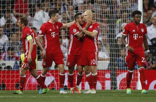 ألكانتارا يغادر مباراة ليفربول مصابا