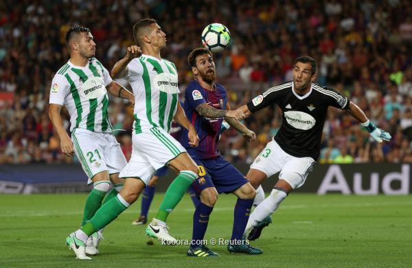 برشلونة وريال مدريد يأملان في استعادة توازنهما بالدوري الإسباني