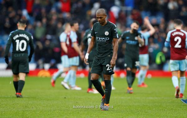 بالصور: بيرنلي يعاقب مانشستر سيتي في مباراة الفرص الضائعة