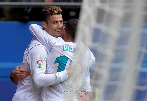 ريال مدريد يعبر إيبار بثنائية