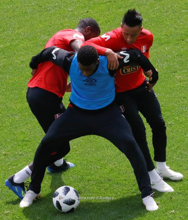 ?i=reuters%2f2018-06-11%2f2018-06-11t131829z_1524447470_rc1fa486a060_rtrmadp_3_soccer-worldcup-per-training_reuters