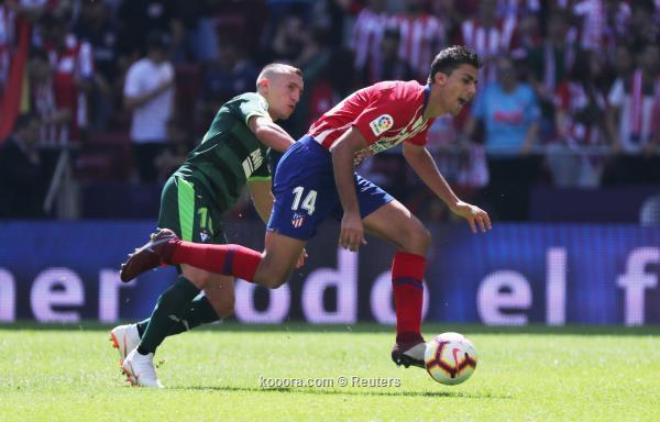 بالصور: أتلتيكو مدريد يواصل الترنح بالتعادل مع إيبار ?i=reuters%2f2018-09-15%2f2018-09-15t110951z_1088479225_rc14fc860e20_rtrmadp_3_soccer-spain-atm-eib_reuters
