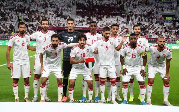 Soccer Football - Gulf Cup - Group A - Qatar v United Arab Emirates - Khalifa International Stadium, Doha, Qatar - December 2, 2019   United Arab Emirates players pose for a team group photograph before the match