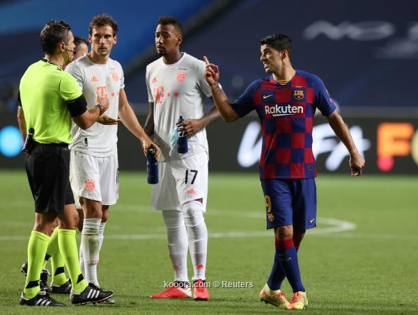 سواريز في ظهوره الأخير بقميص برشلونة