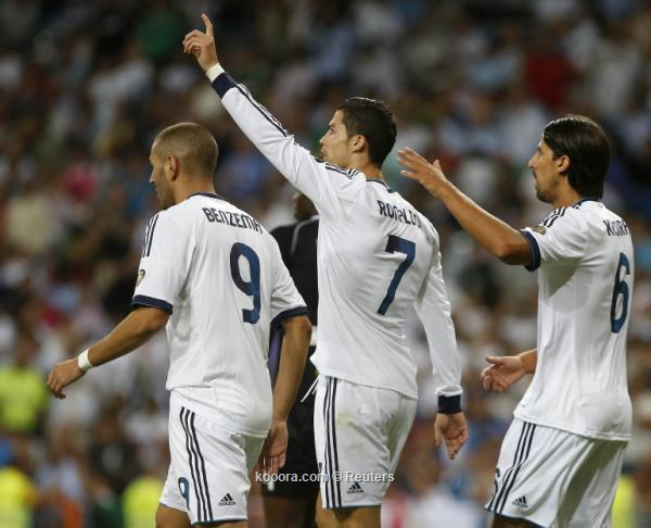 """من سراييفو إلى مدريد داخل """"بيتلز"""" لتشجيع الريال"""