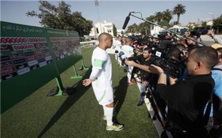 """الجزائر تتطلع لإسعاد العرب بالعزف """"الوتر الحساس"""" للكوريين"""