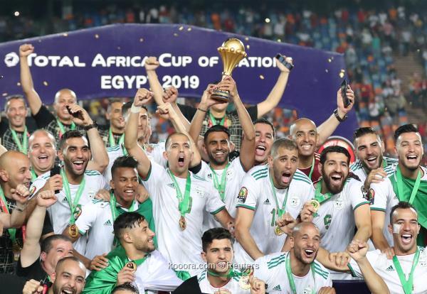 الجزائر بطلة إفريقيا للمرة الثانية 2019-07-19t215026z_1178023058_rc18505d1380_rtrmadp_3_soccer-nations-sen-dza_reuters.jpg