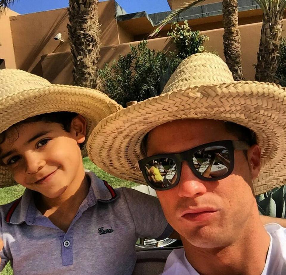 كريستيانو رونالدو يتجاهل أوامر رئيس ريال مدريد ويعود للمغرب
