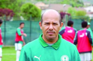 القروني المنتخب النيجيري صعب والأخضر khaled.jpg
