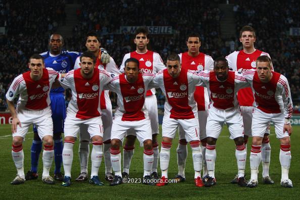 أياكس يسحق فيتيس ويتصدر الترتيب I.aspx?i=ajaxyano%2fkoo_teamfoto_to_ajax_in_uefa_cup