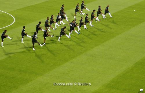 تغطيه كأس العالم للأنديه 2010 I.aspx?i=albums%2fleagues%2f5056%2f2010-12-08t154646z_01_abd06_rtridsp_3_soccer-club_reuters
