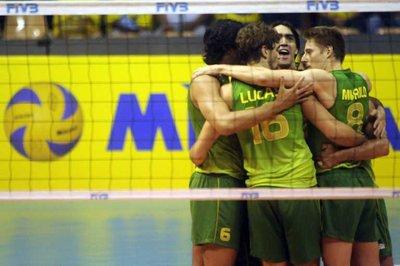 البرازيل تطيح بالأرجنتين وتتأهل لمواجهة روسيا في قبل نهائي الدوري العالمي