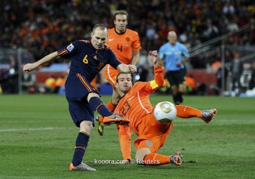 إنييستا يقود الأسبان للفوز على هولندا والتتويج باللقب العالمي الأول I.aspx?i=albums%2fmatches%2f565366%2f2010-07-11t205903z_01_wca183_rtridsp_3_soccer-world_reuters