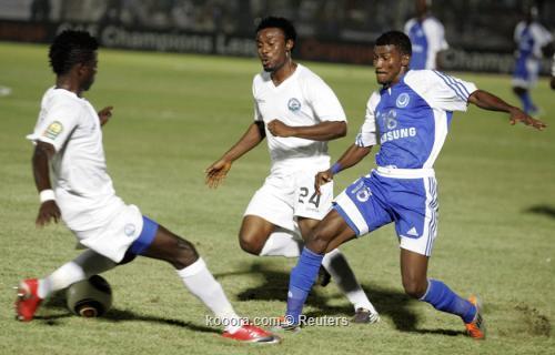 الجولة قبل الأخير تلهب دور المجموعات الإفريقي .. أهدت أنيمبا التأهل ووضعت الثلاثي الع 2011-09-10t080347z_01_sud04_rtridsp_3_soccer_reuters.jpg