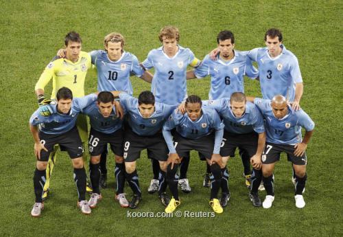 منتخب أوروجواي يختتم استعداداته لكوبا 2010-06-11t183318z_01_wcg501_rtridsp_3_soccer-world_reuters.jpg