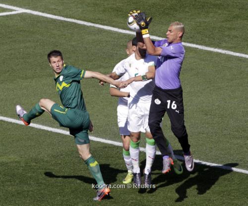 الجزائر سلوفينيا ألبوم الصور صورة) 2010-06-13t113717z_01_wca106_rtridsp_3_soccer-world_reuters.jpg