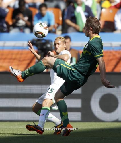 الجزائر سلوفينيا ألبوم الصور صورة) 2010-06-13t120057z_01_wca19_rtridsp_3_soccer-world_reuters.jpg