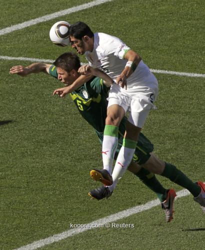 الجزائر سلوفينيا ألبوم الصور صورة) 2010-06-13t121437z_01_wca120_rtridsp_3_soccer-world_reuters.jpg