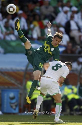 الجزائر سلوفينيا ألبوم الصور صورة) 2010-06-13t122637z_01_wca28_rtridsp_3_soccer-world_reuters.jpg