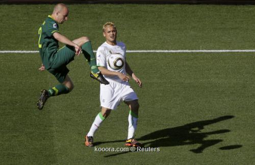الجزائر سلوفينيا ألبوم الصور صورة) 2010-06-13t125257z_01_wca31_rtridsp_3_soccer-world_reuters.jpg